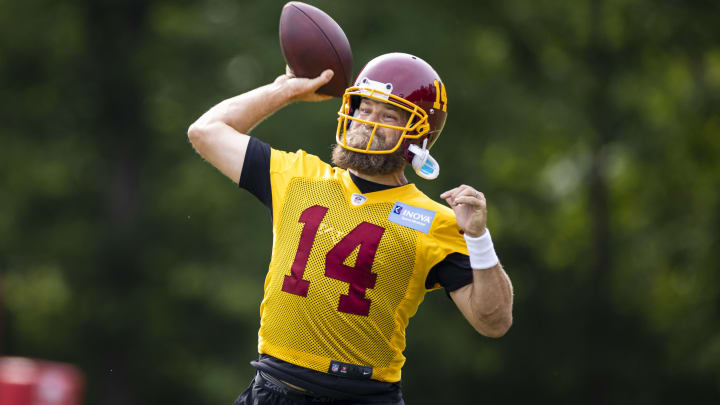 Washington Football Team quarterback Ryan Fitzpatrick launched a perfect deep ball to Terry McLaurin in workouts.