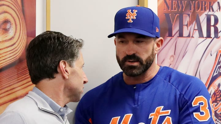 NEW YORK, NEW YORK - MAY 20:  New York Mets chief operating officer Jeff Wilpon speaks with Mickey Callaway #36 of the New York Mets before a press conference at Citi Field on May 20, 2019 in the Flushing neighborhood of the Queens borough of New York City. (Photo by Elsa/Getty Images)