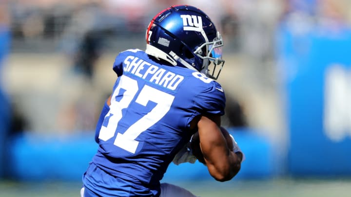 EAST RUTHERFORD, NEW JERSEY - SEPTEMBER 29:  Sterling Shepard #87 of the New York Giants makes the catch as Fabian Moreau #31 of the Washington Redskins defends at MetLife Stadium on September 29, 2019 in East Rutherford, New Jersey. (Photo by Elsa/Getty Images)