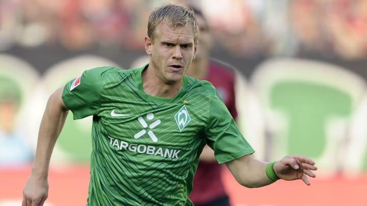 Werder Bremen's defender Andreas Wolf ru