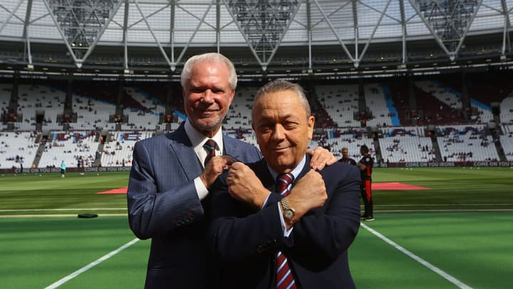 Gold and Sullivan have cooled talks over a new deal for Moyes
