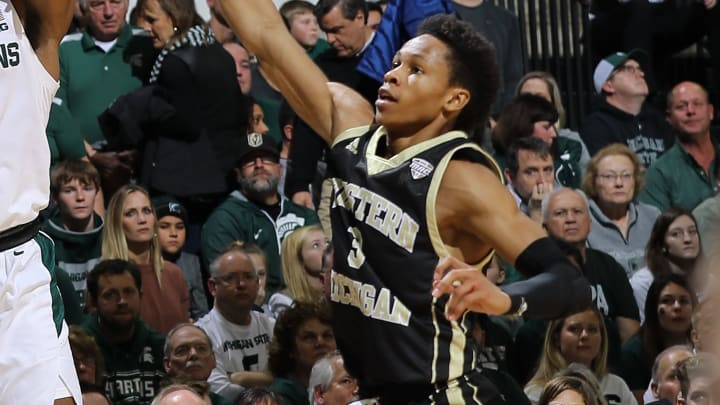 Eastern Michigan vs Western Michigan spread, line, odds, predictions & betting insights for college basketball game.
