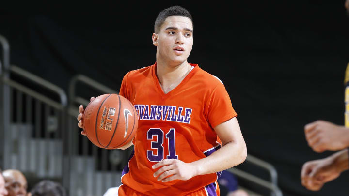 Evansville vs Indiana State prediction and college basketball pick straight up and ATS for tonight's NCAA game between EVAN vs INST.