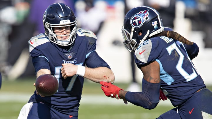 Derrick Henry and the Titans aren't favorites yet to win the AFC South