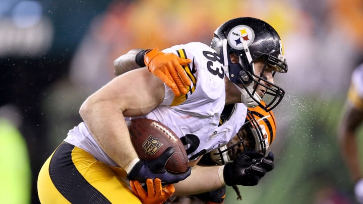 The Pittsburgh Steelers unexpectedly won Super Bowl 30, and there are players who do not get their fair share of credit for the championship.