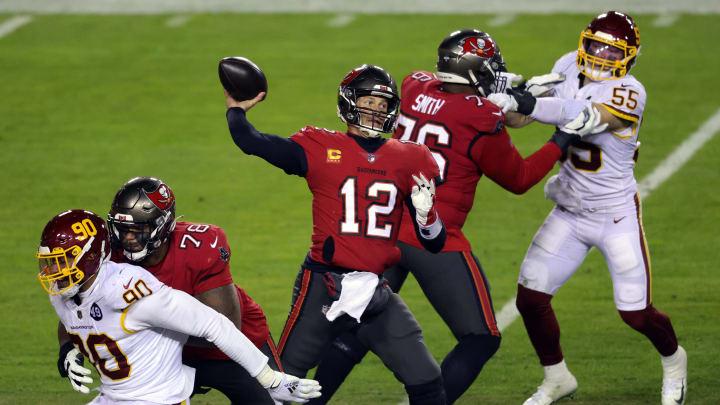 Tom Brady tuvo una destacada actuación en el juego de comodines ante Washington Football Team