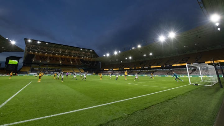 Molineux hosts the weekend's first clash