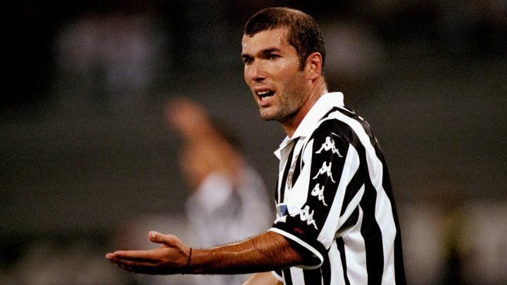 Zinedine Zidane deixou a Itália para ser ídolo na Espanha.