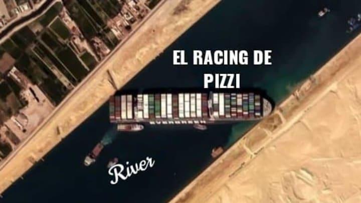 River Plate v Racing Club - Copa de la Liga Profesional 2021- Cáceres de Racing se va expulsado.
