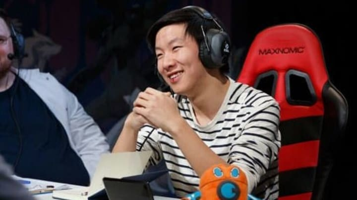 """Hey guys, Aaron ""Cybertron"" Zheng here"""