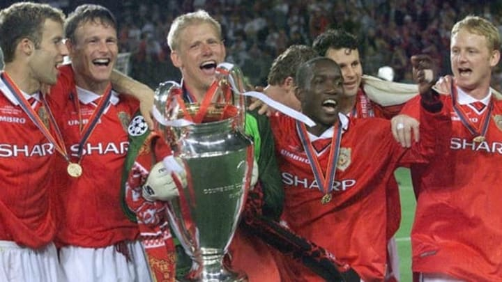 Los únicos 5 equipos que salieron campeones de la Champions League sin perder ningún partido 4