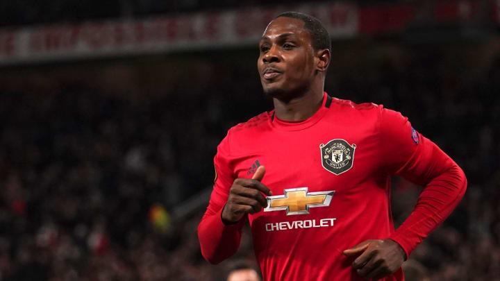Ighalo chủ động xin ở lại Manchester United