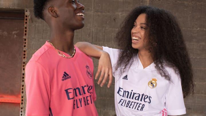 Le Real Madrid a révélé ses nouveaux maillots domicile et extérieur pour la saison à venir