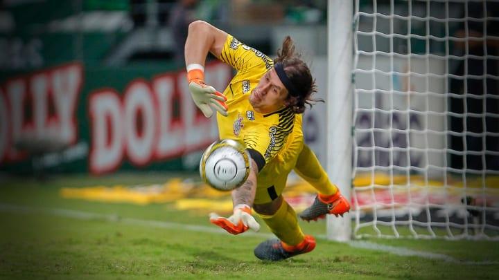 Cassio penalti Palmeiras Corinthians
