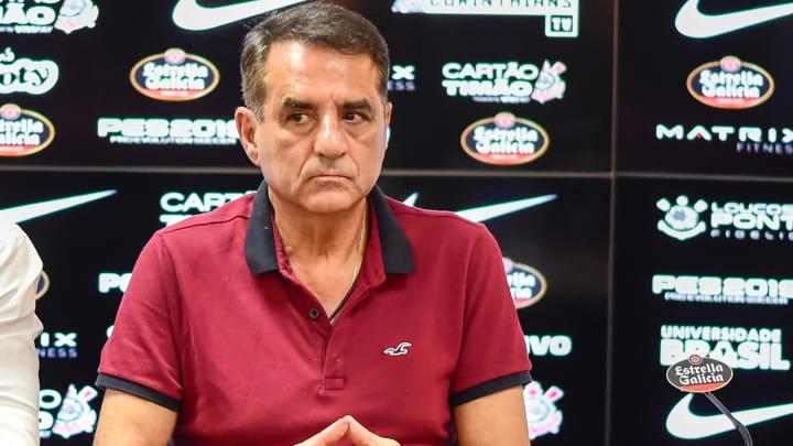 Jorge Kalil é mais um dos nomes que vai deixar o comando do futebol corinthiano na transição das diretorias.