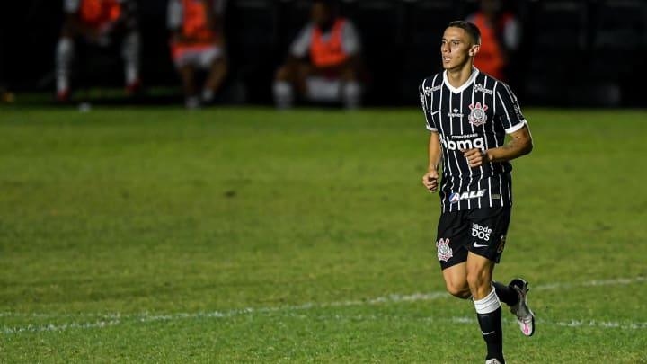 Gustavo Mantuan e Ruan Oliveira estão em processo de transição no Corinthians