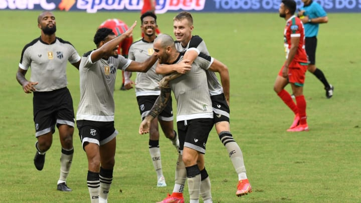 Ceará recebe o Jorge Wilstermann em estreia histórica na Copa Sul-Americana.