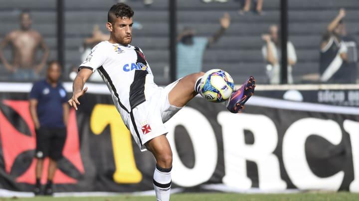 Guilherme em ação pelo Vasco, no Carioca de 2017.