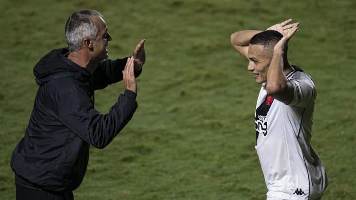 Vasco recebe o São Paulo em decisão das oitavas de final da Copa do Brasil.