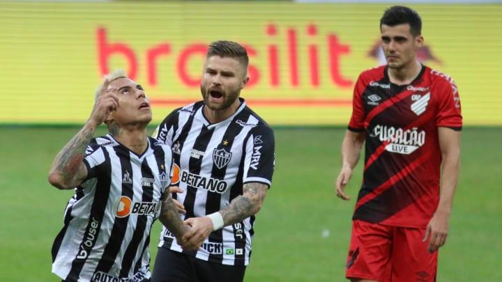 Galo venceu o Furacão por 2 a 0, em Belo Horizonte