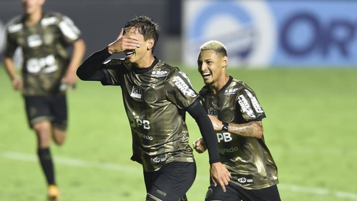Sarrafiore anotou o gol de empate e provocou São Paulo