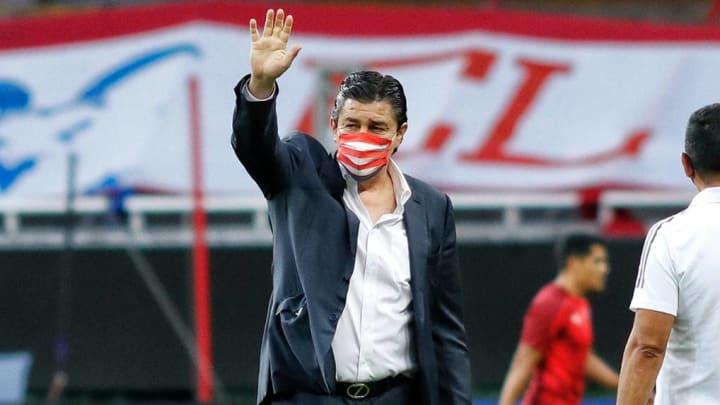 Luis Fernando Tena durante la Copa por México
