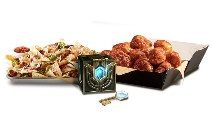 The Buffalo Wild Wings limited edition LCS Fan Box is a tasty treat for League of Legends players.