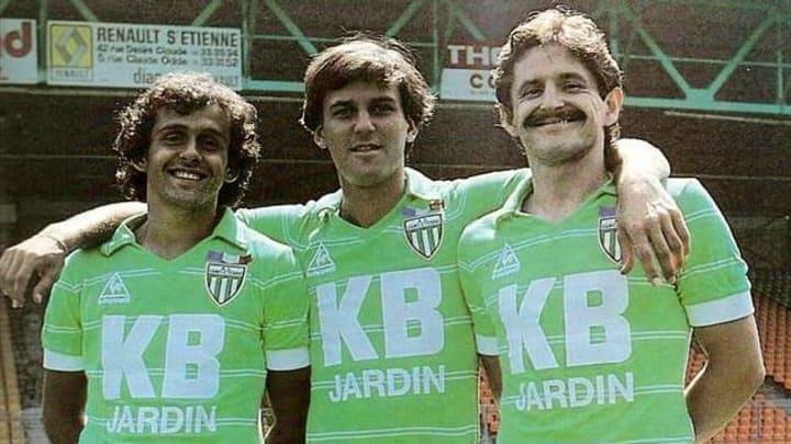Bernard Gardon, Michel Platini ve Patrick Battiston ile birlikte en sağda.