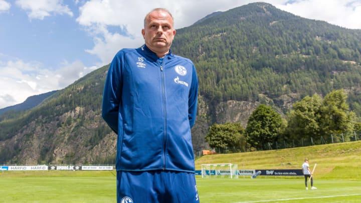 Jochen Schneider braucht dringend eine Lösung in der Trainer-Frage