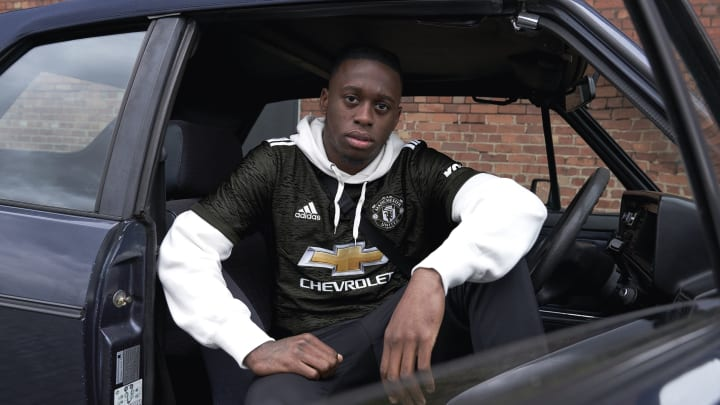 Wan-Bissaka models new Man Utd jersey