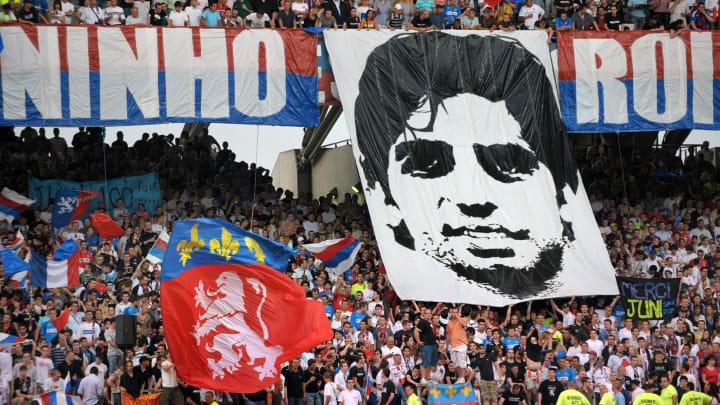 A banner at Juninho's farewell match for Lyon in 2009