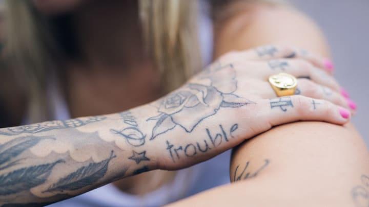Leticia Bufoni tatuagem