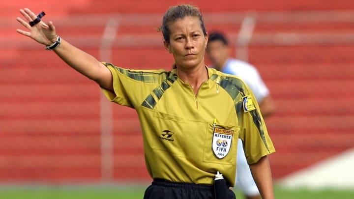 Silvia Regina de Oliveira arbitragem