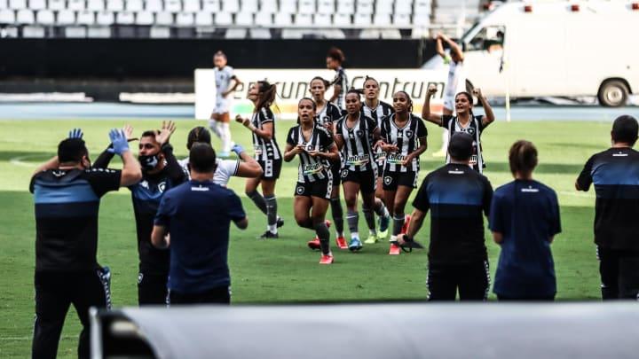 Botafogo venceu ida por 2 a 1, no Rio