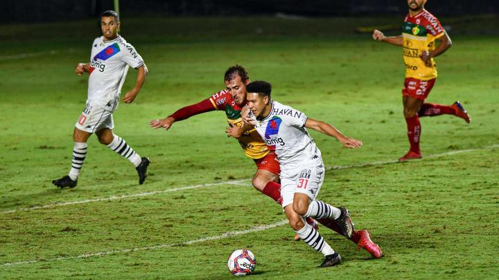 O Brusque recebe o Vasco na 26ª rodada da Série B do Campeonato Brasileiro.