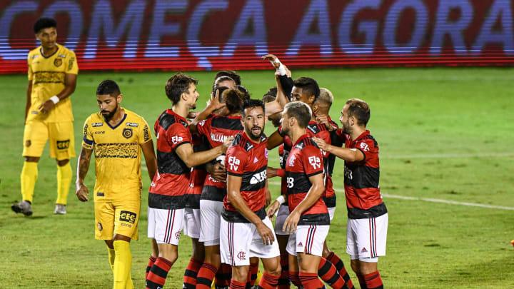 """5 a 1 e a 'receita' para o sucesso do Flamengo: agressividade, repertório e ofensividade. Mas há um """"porém""""."""