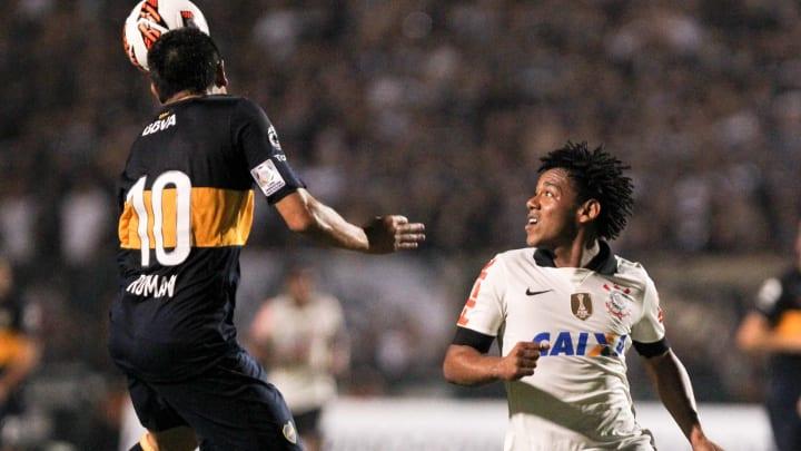Boca Juniors e Corinthians se enfrentam pela Libertadores.