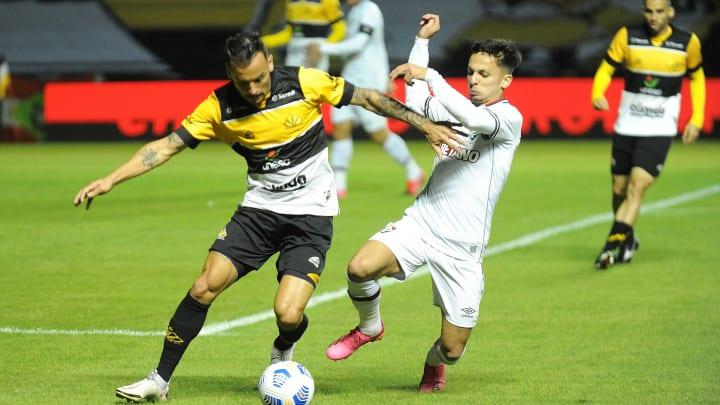 Criciúma venceu a ida por 2 a 1, em Santa Catarina