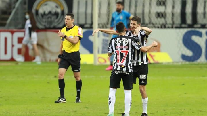 Nacho marcou duas vezes frente ao Atlético-MG