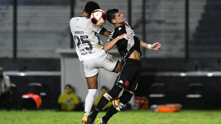 Vasco e Botafogo não vivem atualmente os seus melhores momentos.