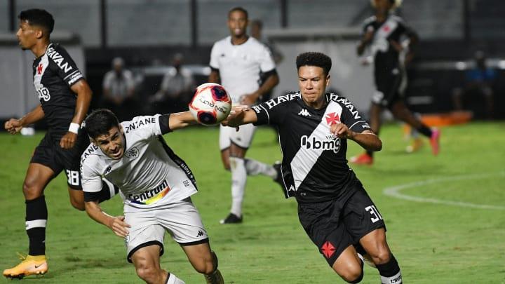 Sem muita criatividade e com sobra de desorganização, Vasco e Botafogo empataram no Campeonato Carioca.