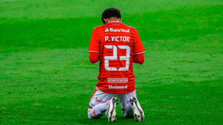 Paulo Victor Internacional