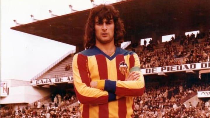 Kempes dejó una marca en Valencia
