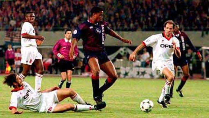 Kluivert marcó el gol con el que Ajax venció al Milan de Capello en Atenas