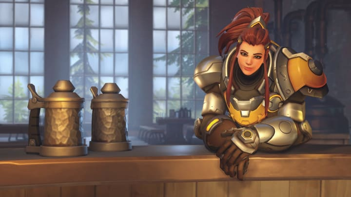 In the double-shield meta, Brigitte's kit helps her protect her team while burst-healing ally tanks.