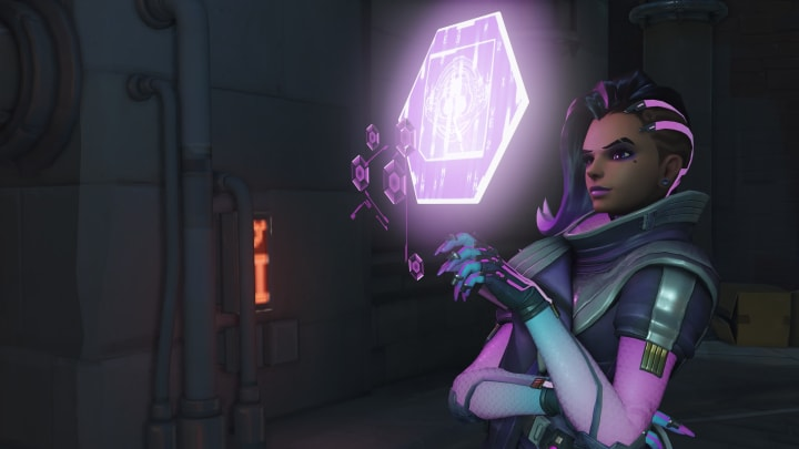 Investor call transcripts and various sources claim that Overwatch will arrive to players' phones.