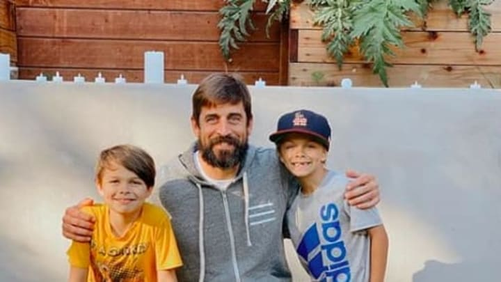 Green Bay Packers QB Aaron Rodgers paid a special visit to a California family.