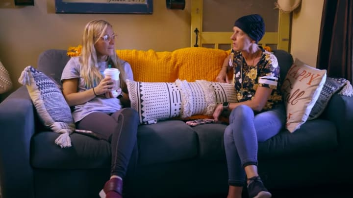 Mackenzie McKee talks exciting job offer with mom Angie Douthit in new 'Teen Mom OG' clip.