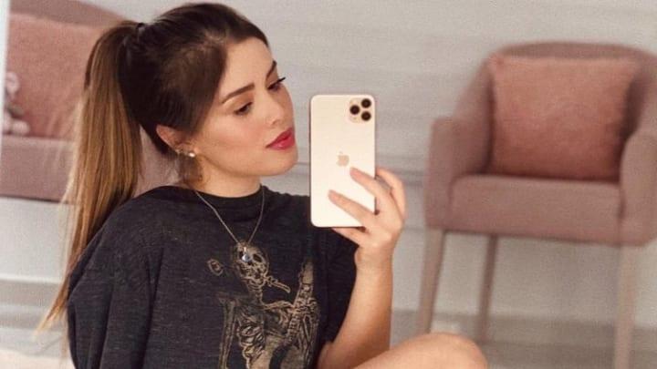 Ex novia de Christian Nodal reacciona al compromiso del cantante