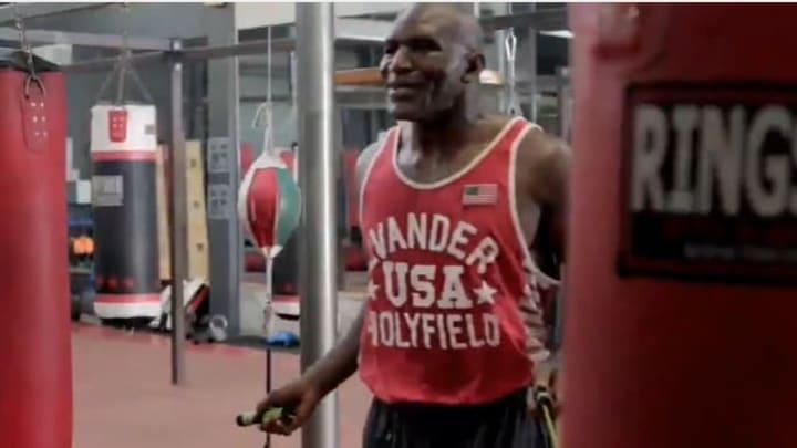 Holyfield se ha enfrentado dos veces en su carrera en el boxeo contra Tyson